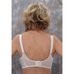 10126 White, Back View